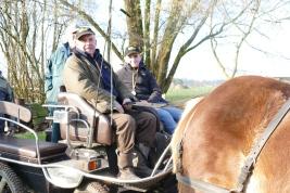 Buurjongen Polle is ook een vaste helper van Herman.